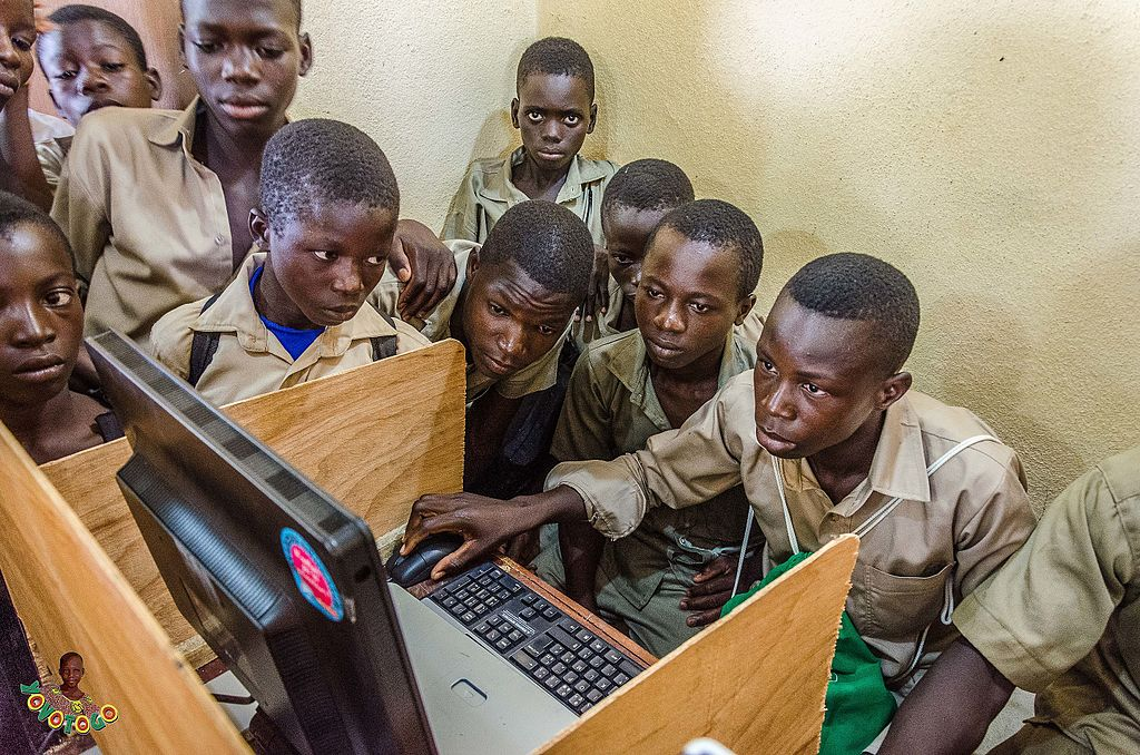 Young students at the Namoundjoga high-school